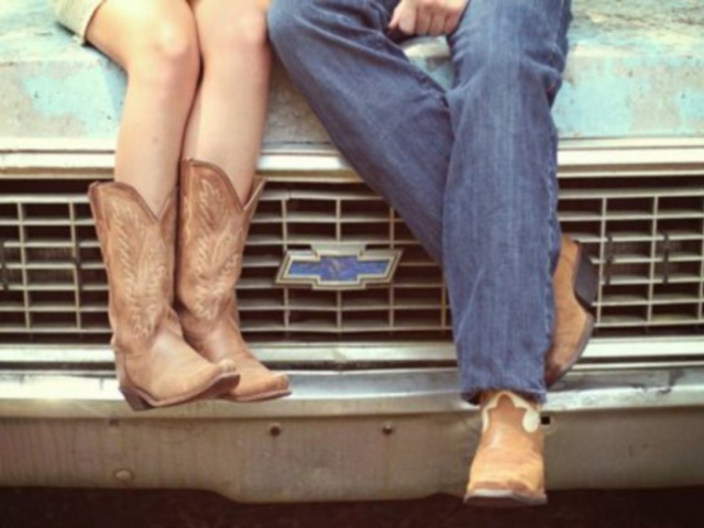 How Well Do You Know Country Music Love Songs? | QuizPug